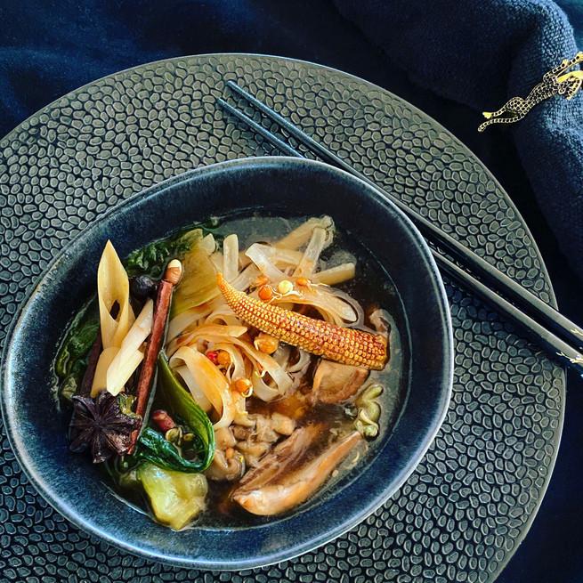 Soupe Thaï de canard aux épices