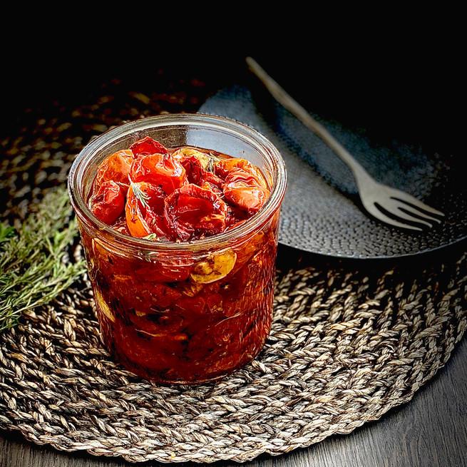 Tomates cerises noires confites