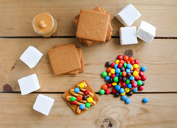 PEANUT BUTTER M&MS S'MORES KIT
