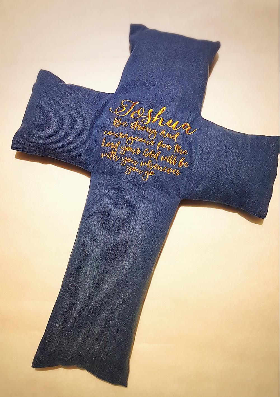 Little Joshua Beansprout husk Cross Pillow
