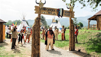 Terme Čatež - otvoritev indijanske vasi