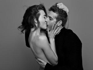 Какие секреты скрывает поцелуй?