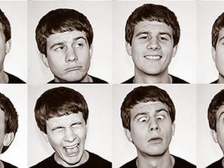 Выражение лица, которое заставляет вас выглядеть умнее
