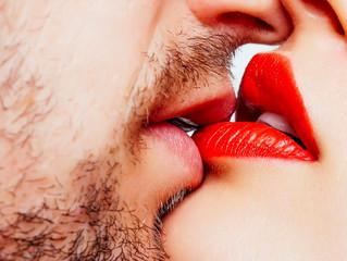 Поцелуй: страны, где это считается неудобным или отвратительным