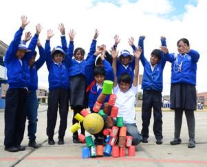 DYA Perú: se evalúan resultados de dos programas educativos