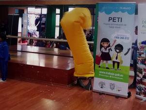 Kits educativos para 70 niños y niñas del Centro Panita
