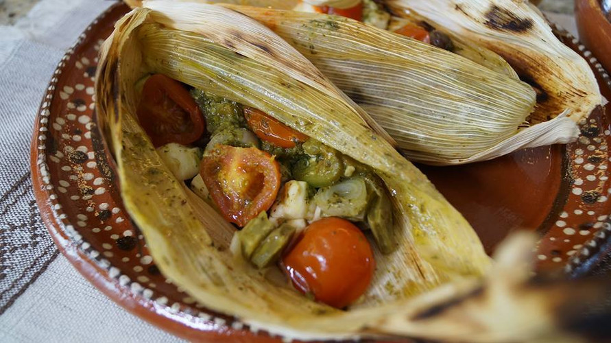 Aura Cocina Mexicana | Cooking Classes | Mexico City | Vegan Mexican hands-on Cooking Class | Mextlaplique (Tamal without Masa)