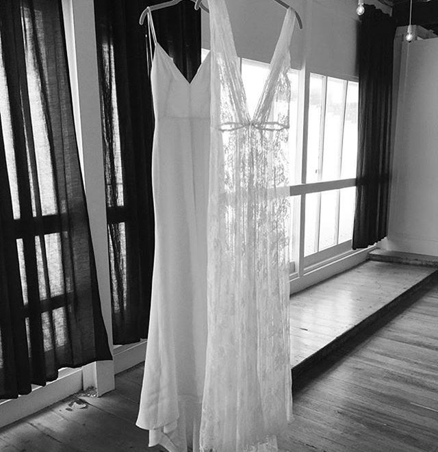 Such a gorgeous photo of our sultry R Y D E R gown _soho_bride hanging loud and proud with a stunnin