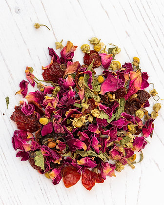 calming rosehip and chamomile tea blend