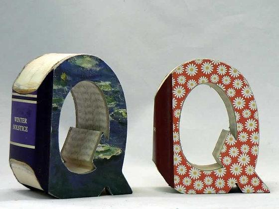 """Alphabet Mini Book Letter """"Q"""""""