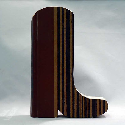 "Cut-In Book Letter ""Boot"""