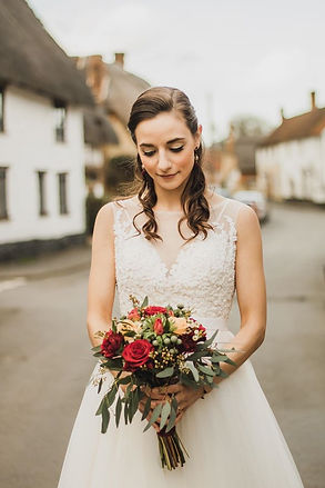 Makeup By Lorna | Shop OX9 Directory | Thame | Makeup Artists | Wedding Suppliers