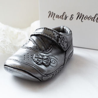 Mads & Moodle | Baby Hand and Feet Casting Thame | Baby Hand and Feet Casting Oxfordshire | Shop OX9 Directory | Thame Rewards Club