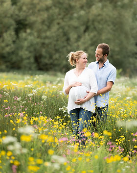 Motherhood Photography Oxford ; Motherhood Photography Oxfordshire ; Maternity Services Oxfordshire ; Pregnancy Photography Oxfordshire ; Pregnancy Photography Buckinghamshire ; Bump Photography Oxfordshire ; Pregnancy Photography Oxford ; Pregnancy Photography Thame