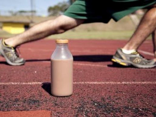 Low-fat Chocolate milk as a post-exercise recovery aid. Γάλα σοκολάτας μετά την άσκηση.