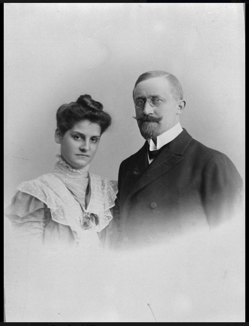 Albert og Leonie Petersson ca 1906