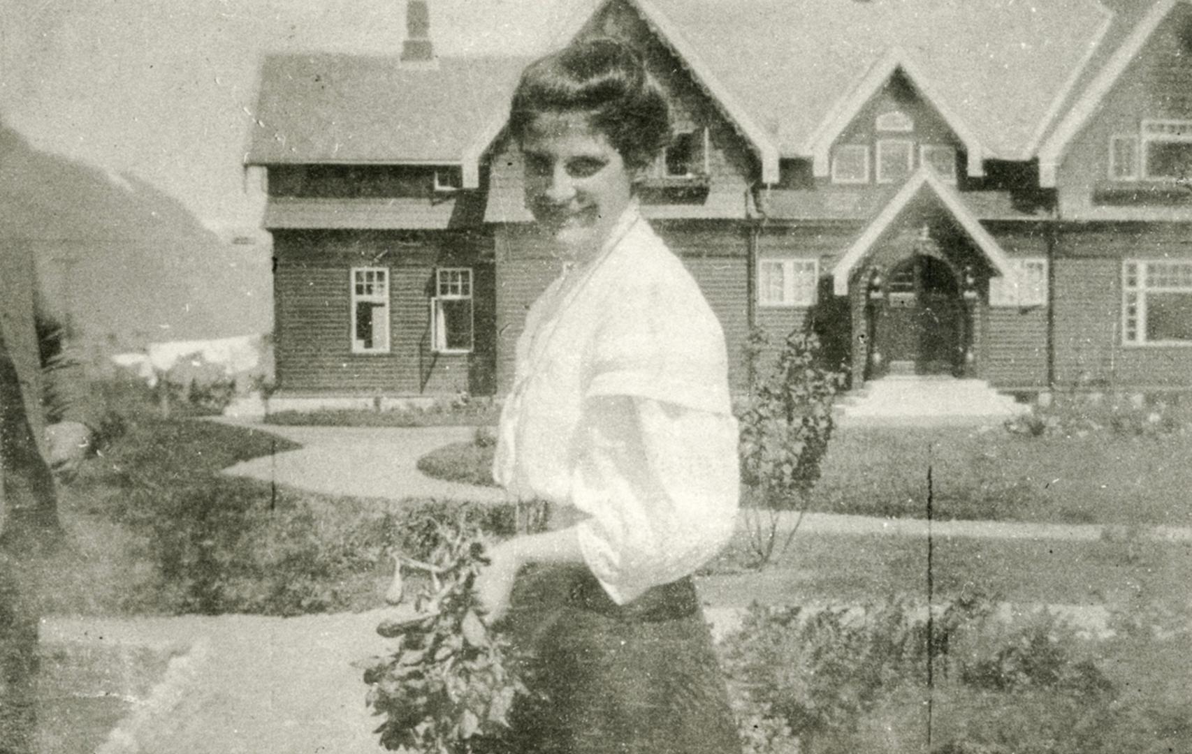 Leonie Witt - gift Petersson