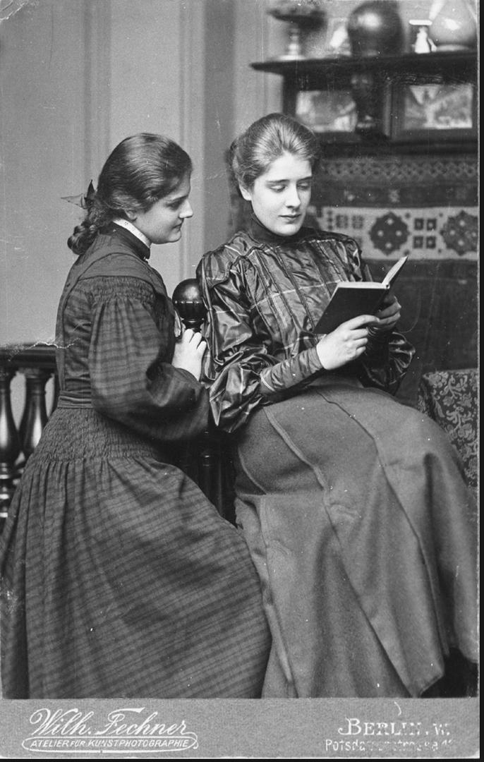 Leonie og søsteren Irene