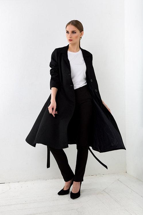 Пальто женское расклешенное