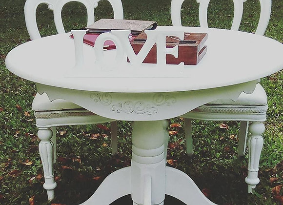 ROUND WOODEN SIGNING TABLE ONE LEG