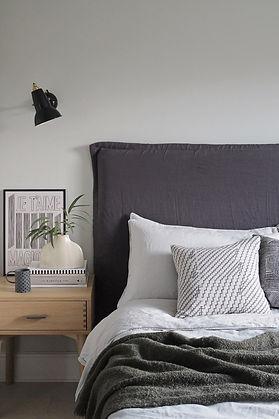 bedroom.minimal.jpg