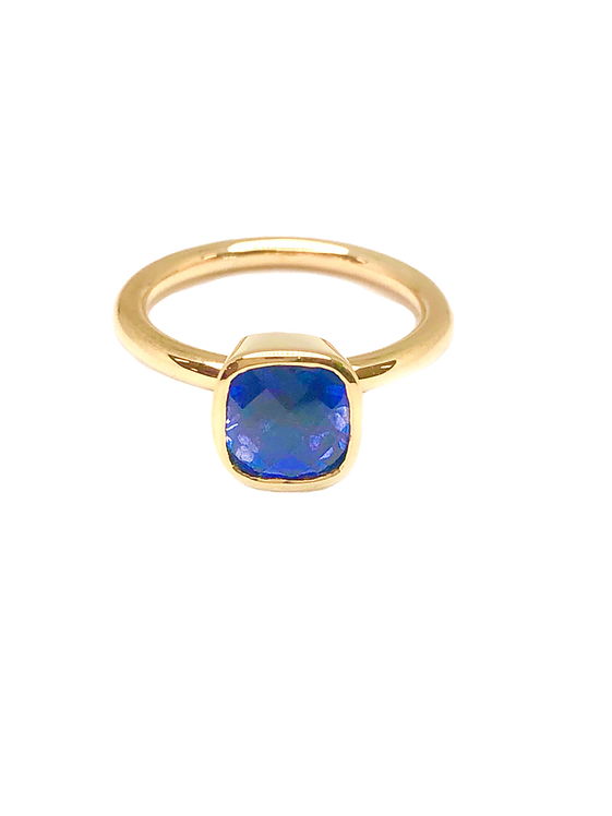 sapphire ring_edited.png