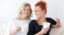 Conversation mère-fille sur l'acupuncture et la ménopause