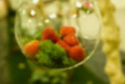 Bulle de verre avec fraises