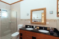 Exquisite bathroom facilities