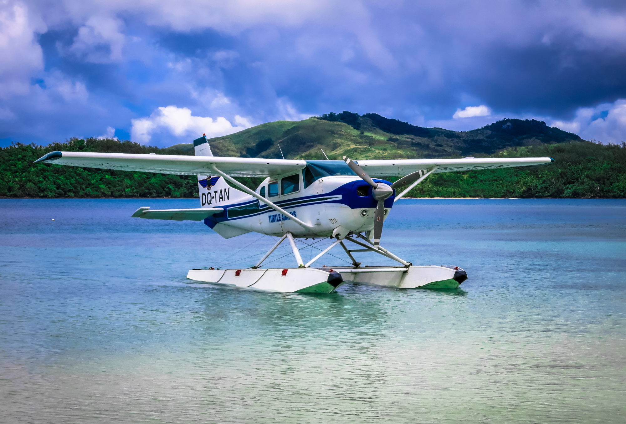 Fiji-Seaplane-Turtle-Airways