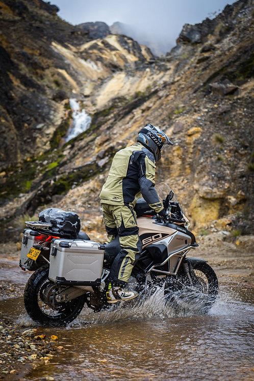 WELTPREMIERE!!! KLiM BADLANDS PRO A3, Erster Textil Motorrad Anzug der Welt mit AAA (A3) ECE Zertifizierung, MMD Adventures