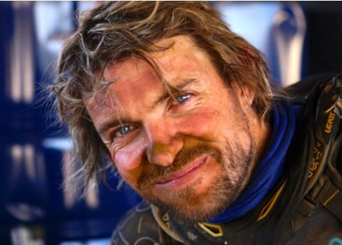 Klicke auf das Bild für die Episode 1 von Malle Moto Dakar von Lyndon Poskitt