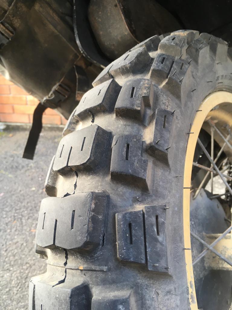 Motoz Tractionator Adventure XT600 4500Km Marokko