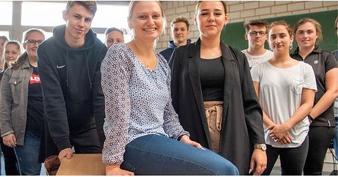 Zeitungsartikel_Arbeitsalltag_auf_Franzö