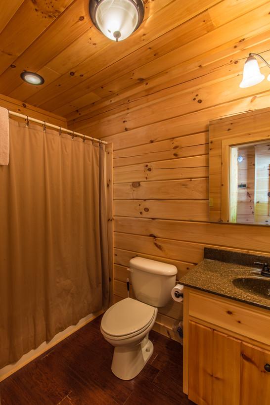 pembroke bathroom.jpg