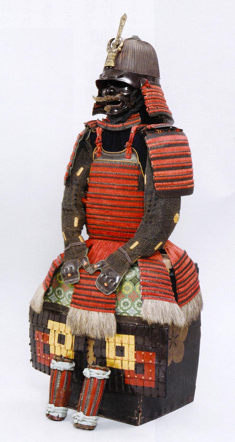 紅糸縅本小札二枚胴具足(明智光秀所用)
