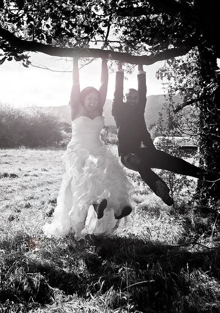 Abercrombie Cumbes Funny Wedding Photo