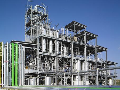 Indonesia mengundur target penyulingan bahan bakar minyak kelapa sawit hingga tahun 2026