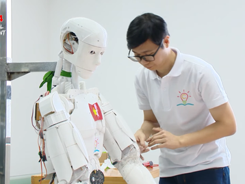 Is Vietnam's First AI Robot the Future of Education?