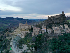 Il Castello medievale di Roccascalegna, uno dei più suggestivi dell'Abruzzo.