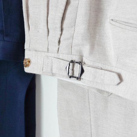 Belts Loops VS Side Adjusters: Which one is Better?