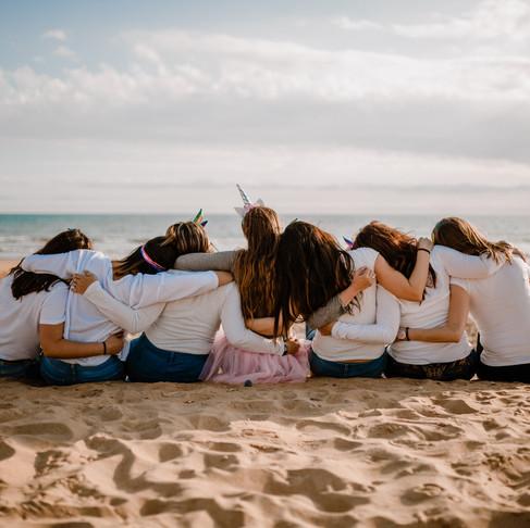 Amistad eterna | Despedida de soltera en la playa de Punta Umbría.