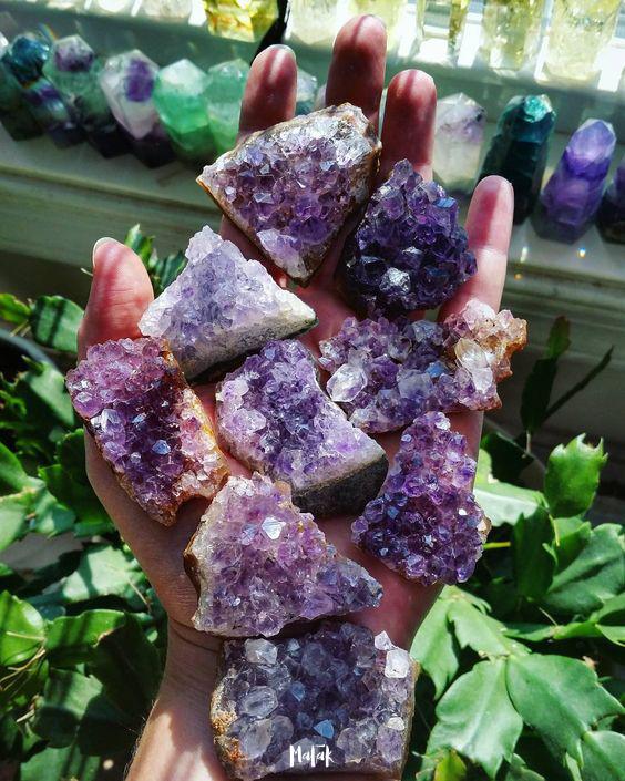 Fragmentos de geoda de amatista