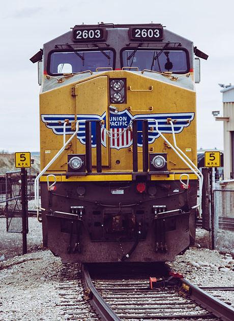 railroad-railroad-track-railway-981306WE