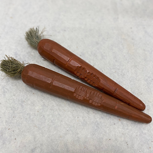 Wooden Carrot Set