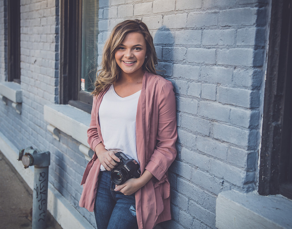 senior girl downtown dayton
