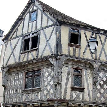 Maison-de-la-lieutenance---©Cognac-Touri