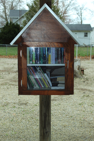 Mini Library - Community Building Park