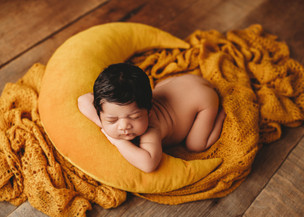 newborn photographer west london.jpg