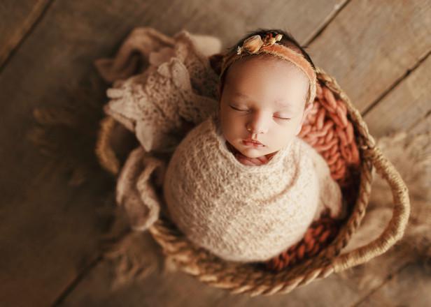 newborn photography London.jpg